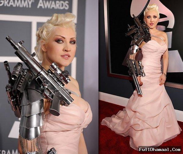 Singer Sasha Gradiva At Red Carpet Grammy Awards Los Angeles 2012